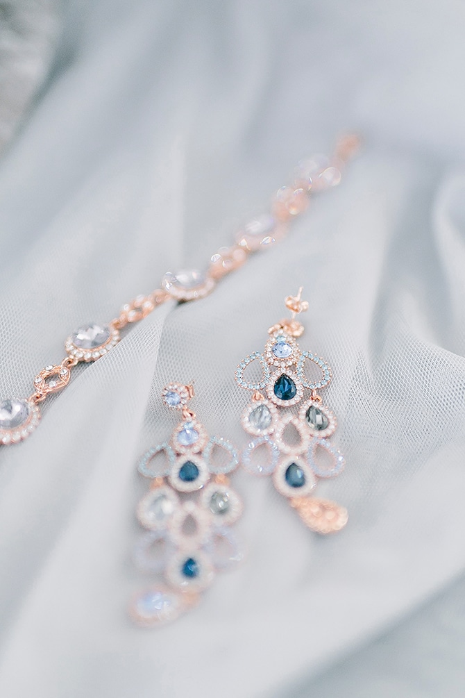 Bridal Jewellery | Swedish Winter Wedding Style Linda-Pauline Photo