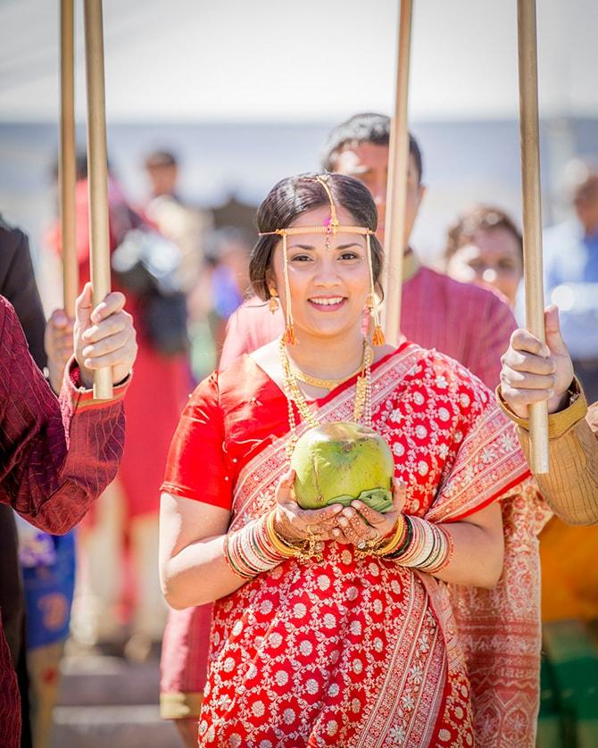 Hindu bride tradition | Traditional Hindu Wedding | Third Eye Photography