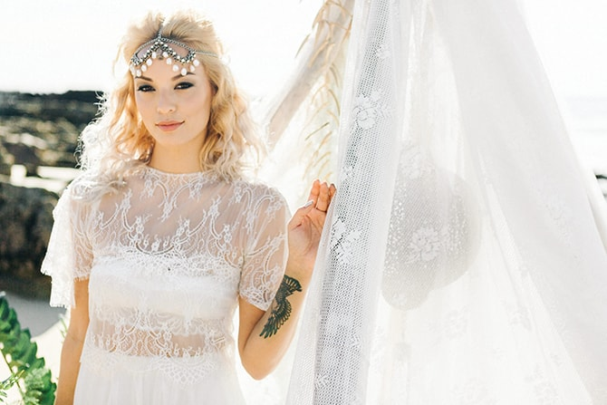 Boho beach bride | Coastal Vagabond Inspiration | Shae Estella Photo