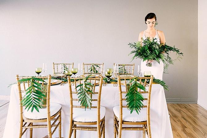 Green wedding bouquet | Fern and Foliage Wedding Decor | Hawkeye Photography