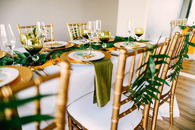 Green and Gold Wedding Theme | Fern and Foliage Wedding Decor | Hawkeye Photography