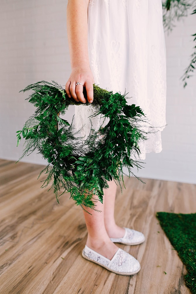 Bridesmaid green bouquet | Fern and Foliage Wedding Decor | Hawkeye Photography