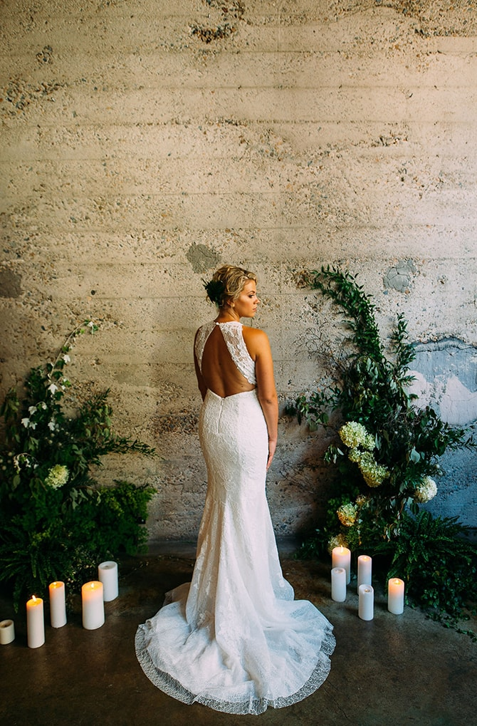 Urban Bride | Hidden City Garden | Fogamp Dawn Photography