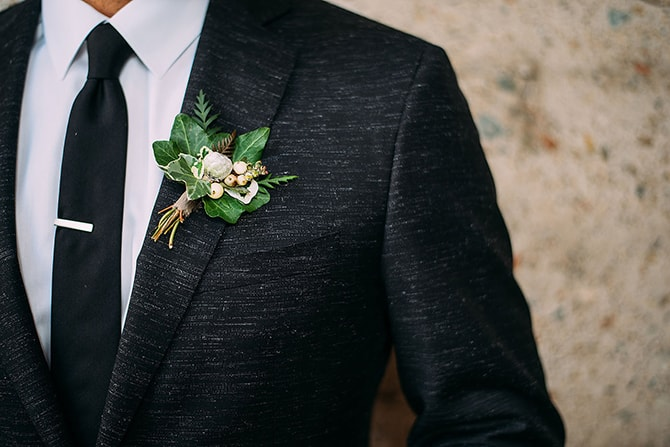 Green buttonhole | Hidden City Garden | Fogamp Dawn Photography