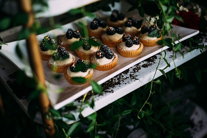 Wedding Treats | Hidden City Garden | Fogamp Dawn Photography