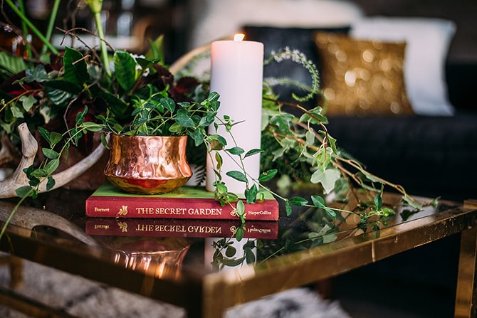 Wedding Side Table | Hidden City Garden | Fogamp Dawn Photography