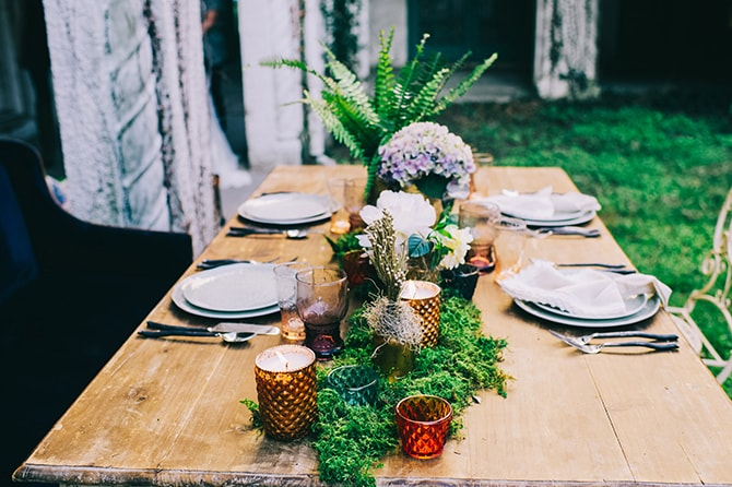 Natural table decor | Secret Garden Wedding | Sarah Mattix Photography