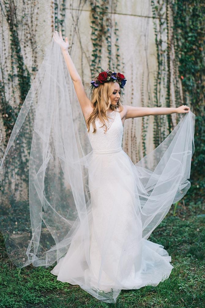 Bridal dress | Secret Garden Wedding | Sarah Mattix Photography