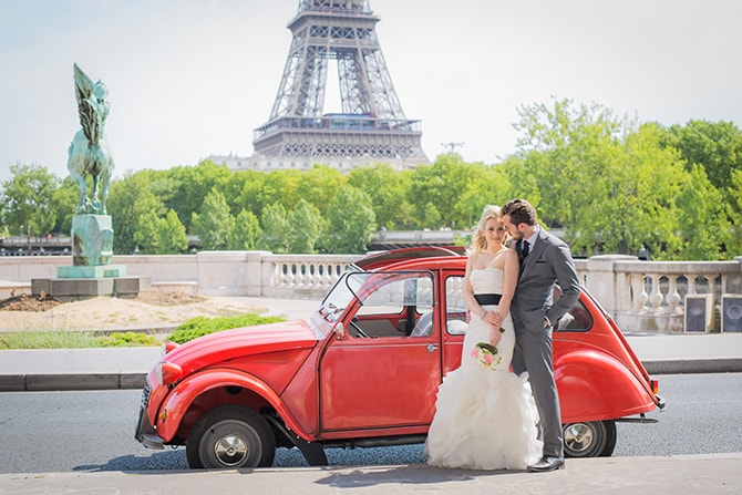 French Car Elopement | Vintage Paris Elopement | Paris Photographer Pierre