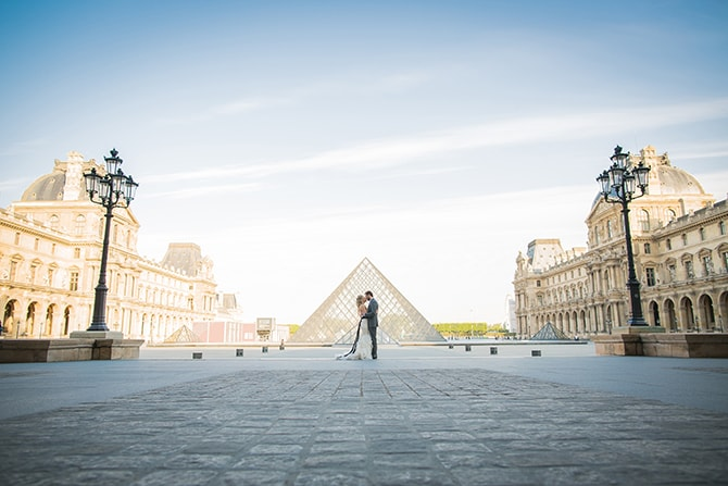 Louvre Pyramid Wedding | Vintage Paris Elopement | Paris Photographer Pierre