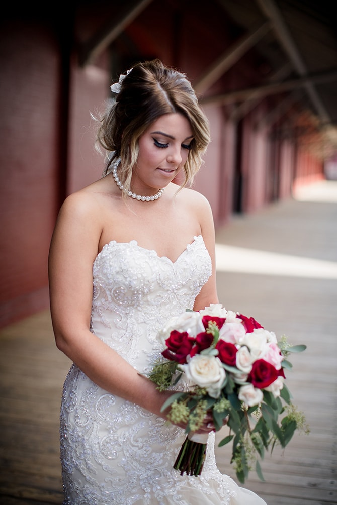 Bride before wedding | Urban Wedding at Jackson Terminal Train Station | Amanda May Photos
