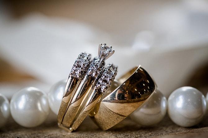 Wedding rings | Urban Wedding at Jackson Terminal Train Station | Amanda May Photos