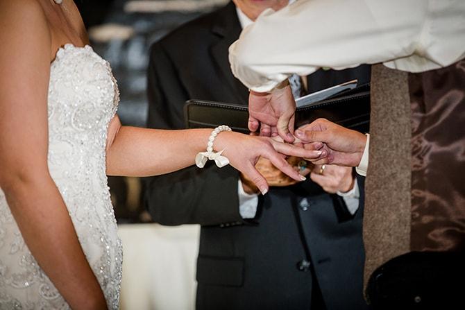 Wedding ring on bride | Urban Wedding at Jackson Terminal Train Station | Amanda May Photos