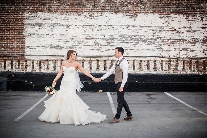 Wedding couple | Urban Wedding at Jackson Terminal Train Station | Amanda May Photos