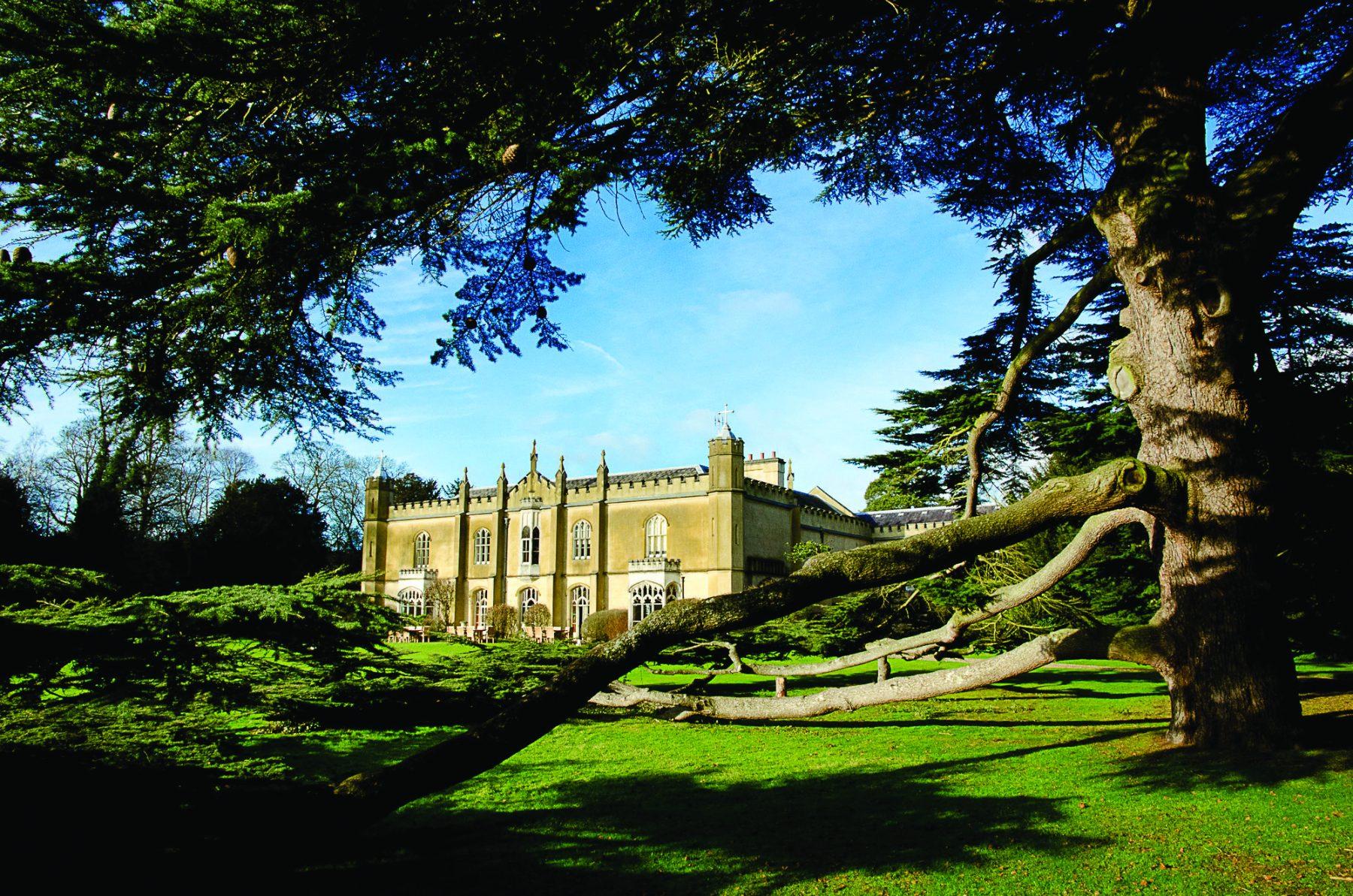 Missenden Abbey   Ultimate Wedding Magazine 4