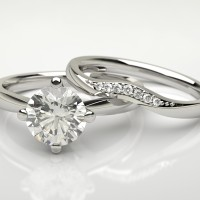 Diamonds are a girls best friend! | Ultimate Wedding Magazine 5