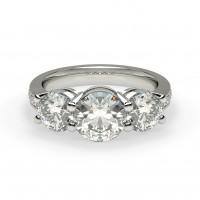 Diamonds are a girls best friend! | Ultimate Wedding Magazine 7