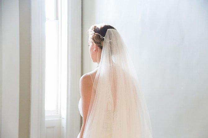 Bridal veil | Coastal Fort Wedding in Rhode Island | Ellysia Francovitch Photography