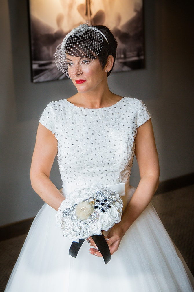 Bride ready for wedding | Hollywood Glamour in Liverpool | Lesley Bee Photography