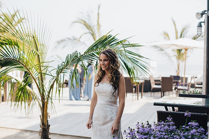 Bride first look | Contemporary Beach Wedding in New York | Martina Micko Photo