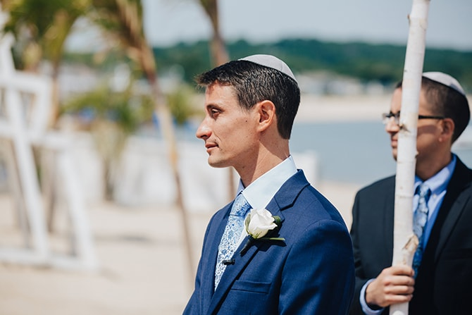 Groom watching bride walk down aisle | Contemporary Beach Wedding in New York | Martina Micko Photo