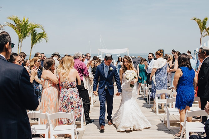 Wedding ceremony | Contemporary Beach Wedding in New York | Martina Micko Photo