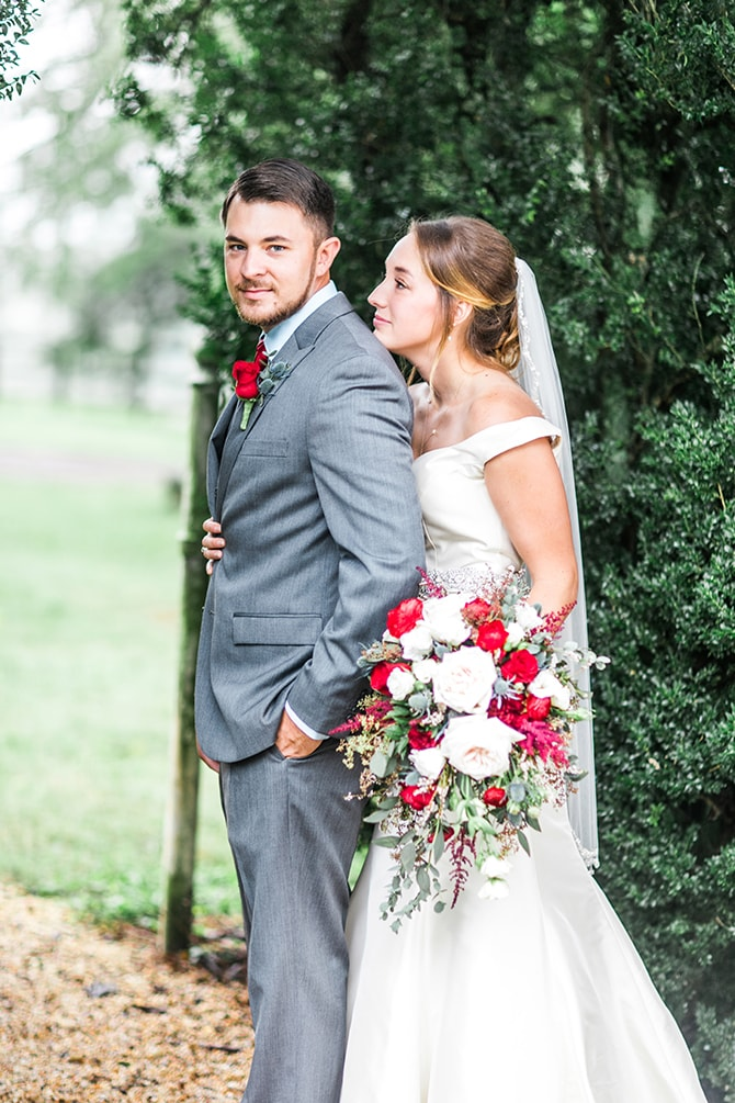 Bride and Groom outside | Fall Wedding at Historic Virginia Estate | Lieb Photographic LLC