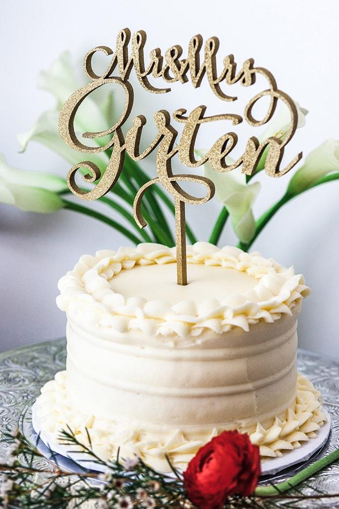 Small wedding cake | Fall Wedding at Historic Virginia Estate | Lieb Photographic LLC