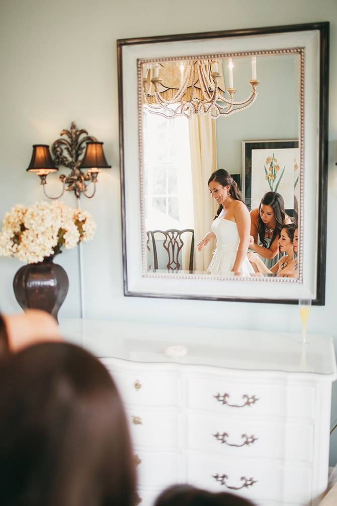 Bride getting ready | Stunning Southern Plantation Wedding | Gideon Photography