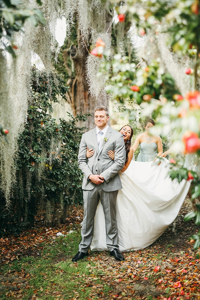 First look | Stunning Southern Plantation Wedding | Gideon Photography