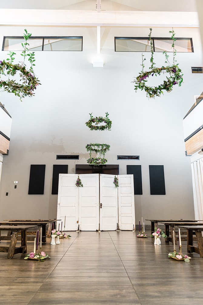 Hanging green wedding decorations | Casually Modern Wedding Inspiration | Mindy DeLuca Photography