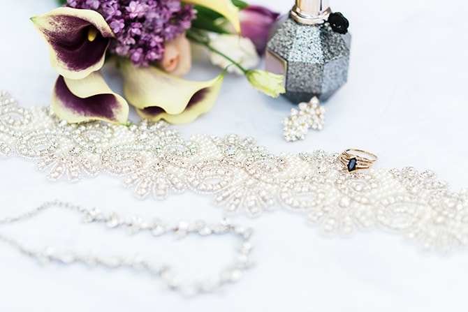 Wedding accessories | Casually Modern Wedding Inspiration | Mindy DeLuca Photography