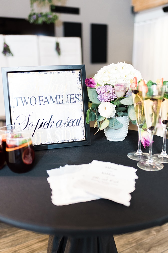 Wedding table | Casually Modern Wedding Inspiration | Mindy DeLuca Photography