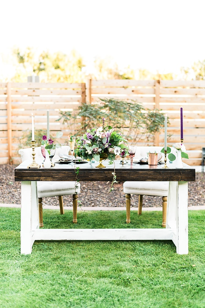 Wedding head table | Casually Modern Wedding Inspiration | Mindy DeLuca Photography