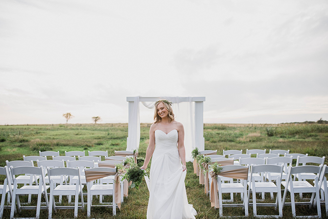 Wedding ceremony in field | Countryside Sunset Wedding in Texas | Rebecca Chesney Photo