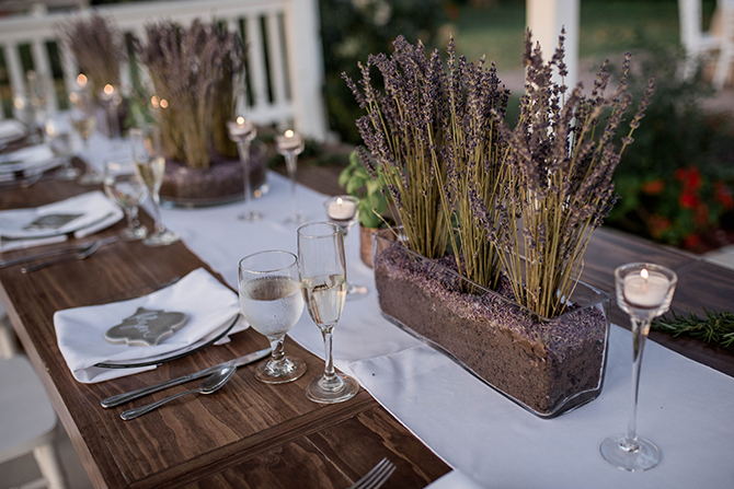 Wedding table lavender decor | Countryside Sunset Wedding in Texas | Rebecca Chesney Photo