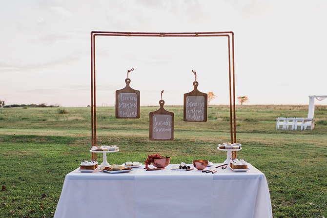 Dessert table | Countryside Sunset Wedding in Texas | Rebecca Chesney Photo
