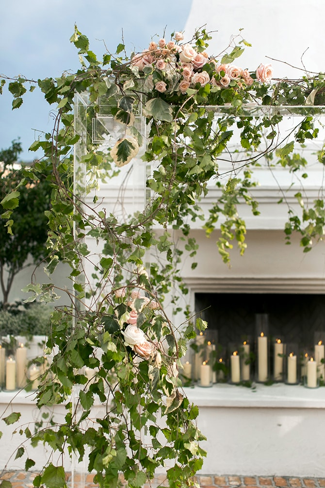 Greenery wedding arch | Sophisticated New Orleans Nuptials | Arte De Vie