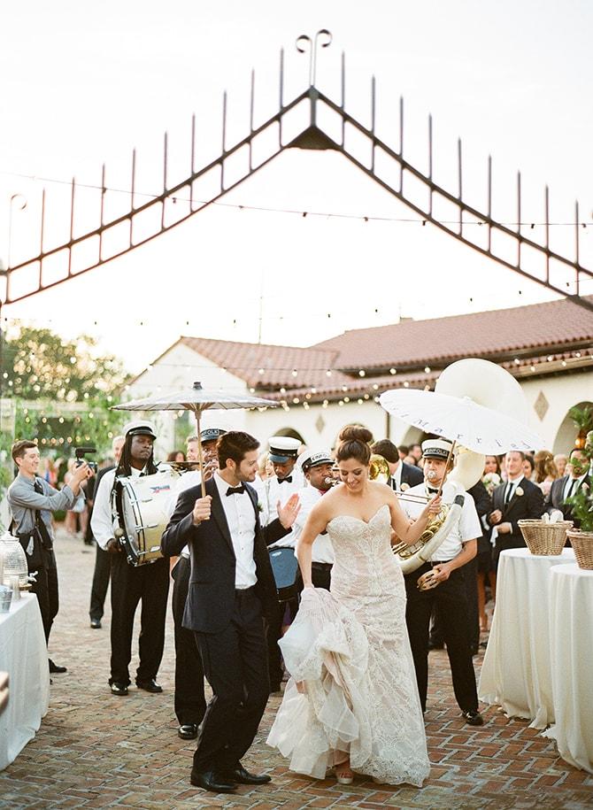 Wedding entertainment | Sophisticated New Orleans Nuptials | Arte De Vie