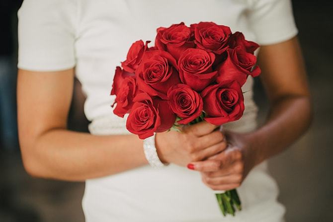 Red rose bridal bouquet | Intimate Ceremony at San Francisco City Hall | IQphoto Studio