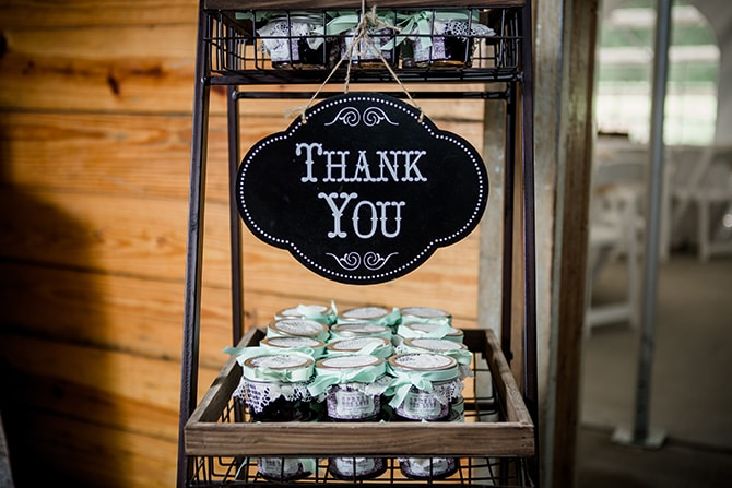Rustic thank you gifts | Stylish and Modern Farm Wedding | Amanda May Photos