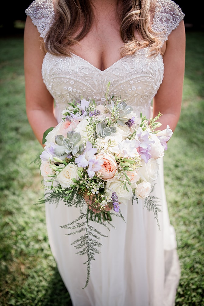 Bridal bouquet | Stylish and Modern Farm Wedding | Amanda May Photos