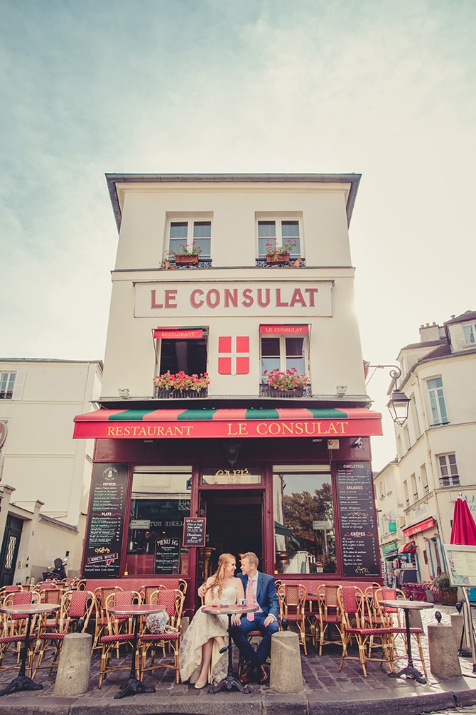 Couple in love outside café | Travel Themed Intimate Wedding in Paris - Paris Photographer Pierre