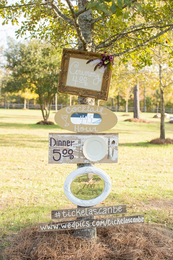 Rustic wedding signage | DIY Backyard Wedding in South Carolina | Jessica Hunt Photography