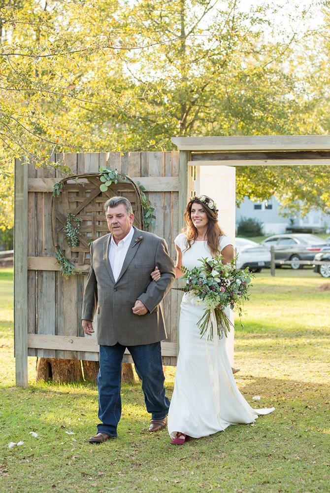 Bride arriving at ceremony | DIY Backyard Wedding in South Carolina | Jessica Hunt Photography