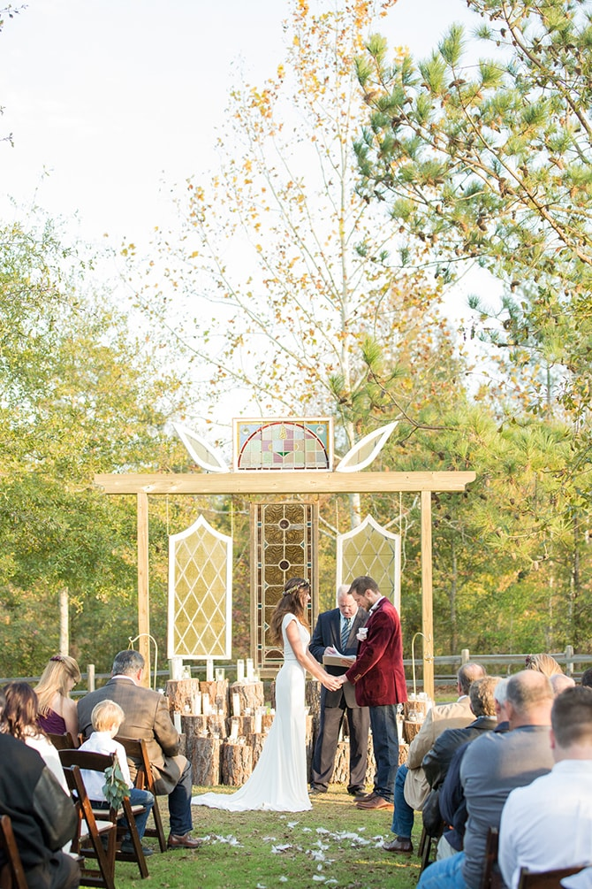 Wedding ceremony outdoors | DIY Backyard Wedding in South Carolina | Jessica Hunt Photography