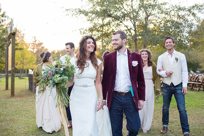 Wedding party at rustic wedding | DIY Backyard Wedding in South Carolina | Jessica Hunt Photography