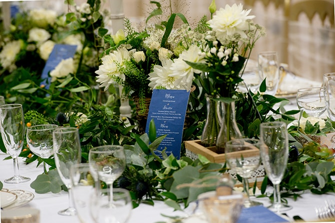 Natural flowers wedding centrepiece | Beautiful Countryside Wedding Inspiration in Buckinghamshire | KLP Photography