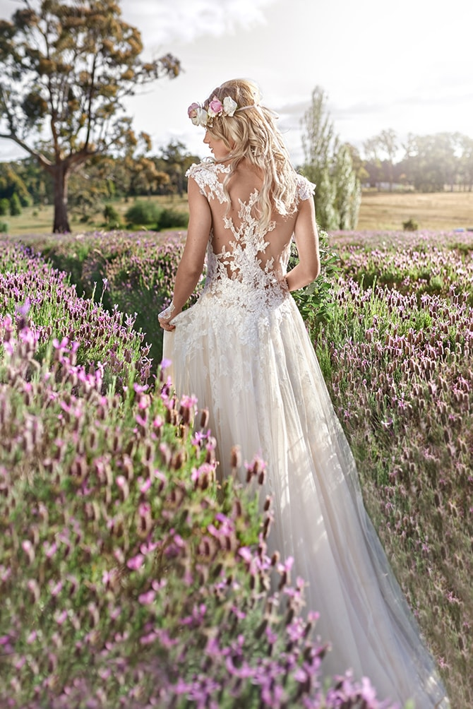 Bride walking through lavender field | Luxury Country Garden Boho | Sephory Photography