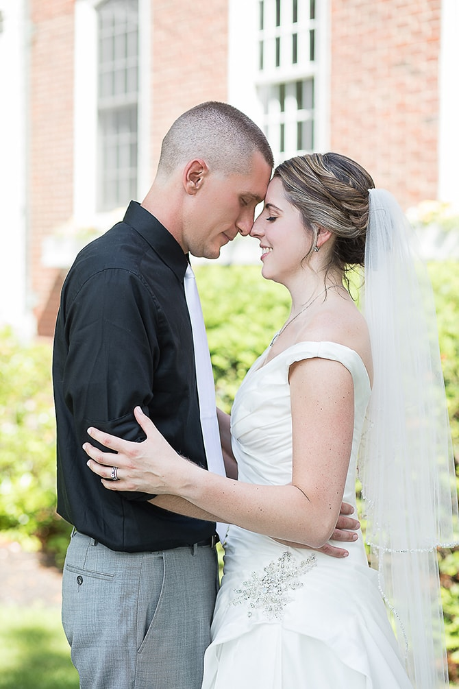 Modern bride and groom | Modern Elegance in Exeter - Emily Teresa Photography